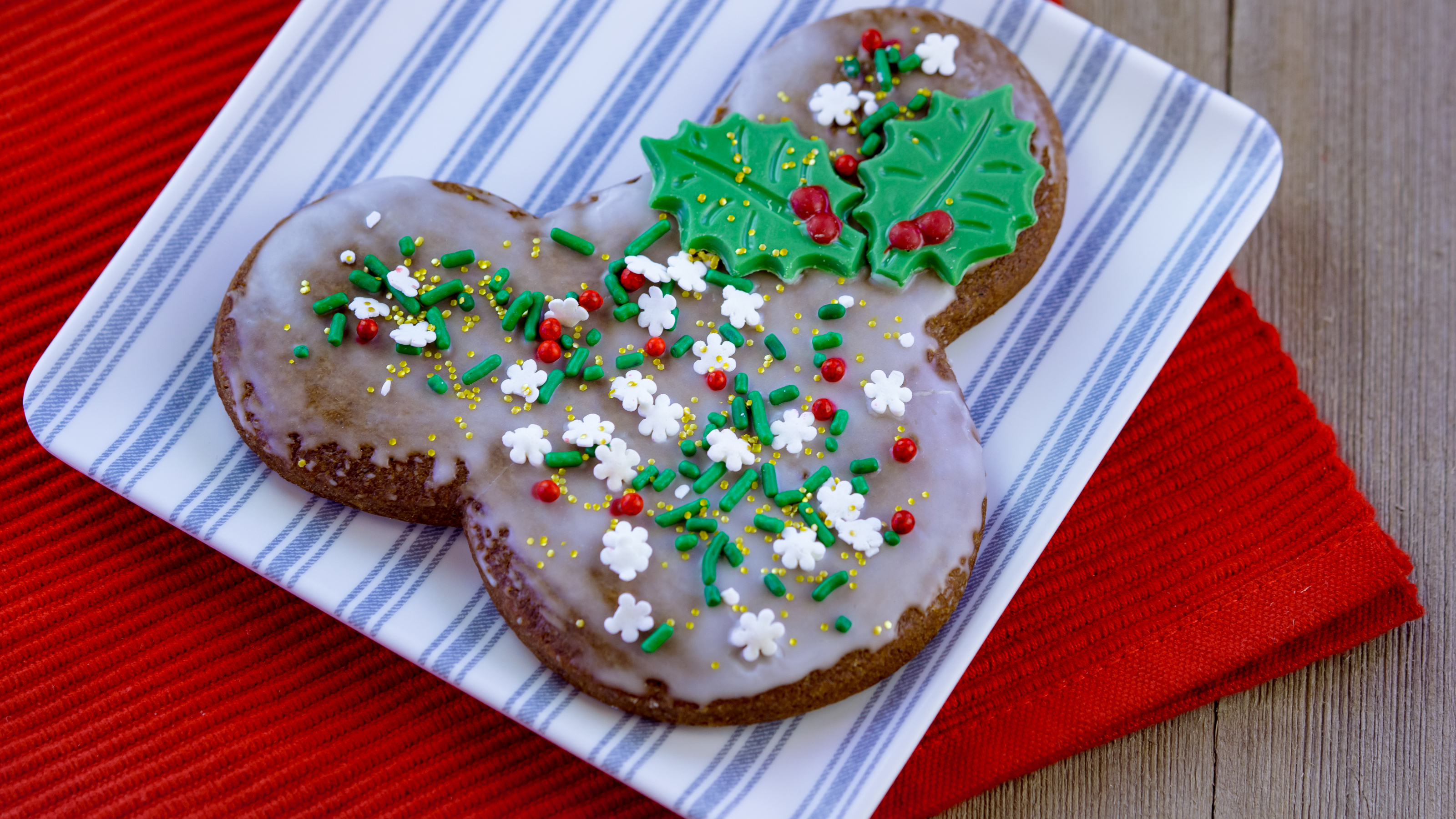 Cookie Madness: Gingerbread Cookies vs Thumbprints